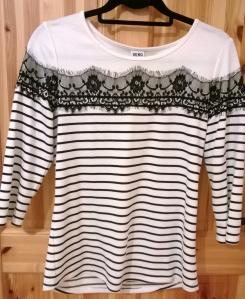 Vero Moda Monochrome Lace top
