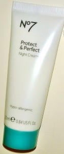 No 7 Protect & Perfect Night Cream